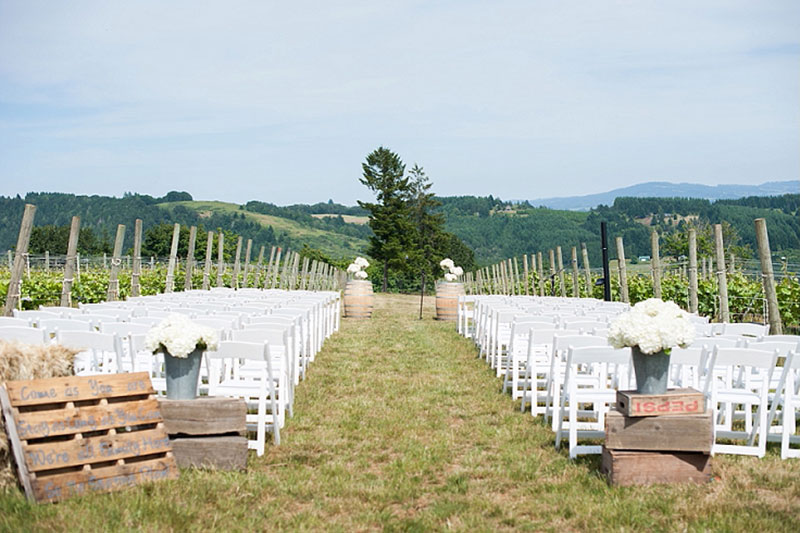 Best Oregon Winery Wedding Venues J Wrigley