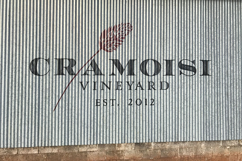 Cramoisi barn side sign